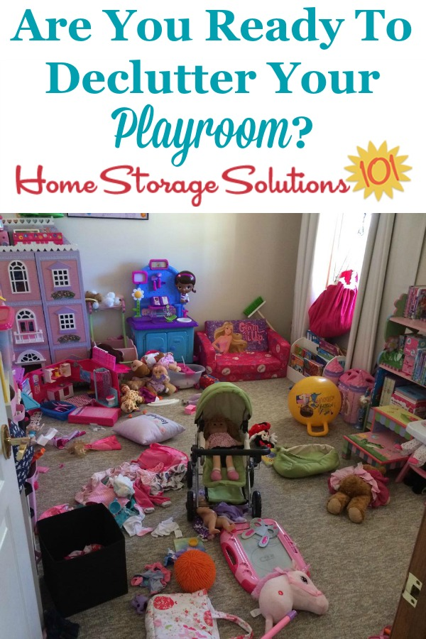 Are you ready to declutter your playroom? If so, here are simple instructions to clear the kids and toy clutter from this space {on Home Storage Solutions 101}