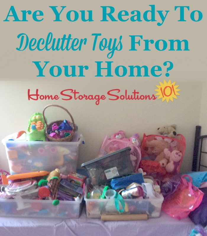 Are you ready to declutter excess toys from your home? If so, here are tips for decluttering toys and games {on Home Storage Solutions 101}