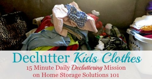 Tips for how to declutter kids clothes from the closet, dresser drawers or kids' bedrooms {a #Declutter365 mission on Home Storage Solutions 101} #DeclutterClothes #ClothingClutter