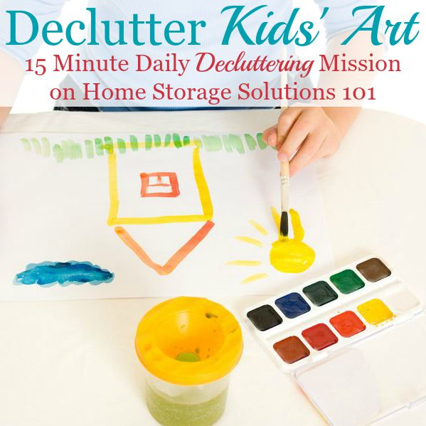 Declutter kids' art, plus 6 questions to ask yourself to know what to keep versus get rid of {15 minute #Declutter365 mission on Home Storage Solutions 101} #DeclutterKidsArt #DeclutterArtPapers