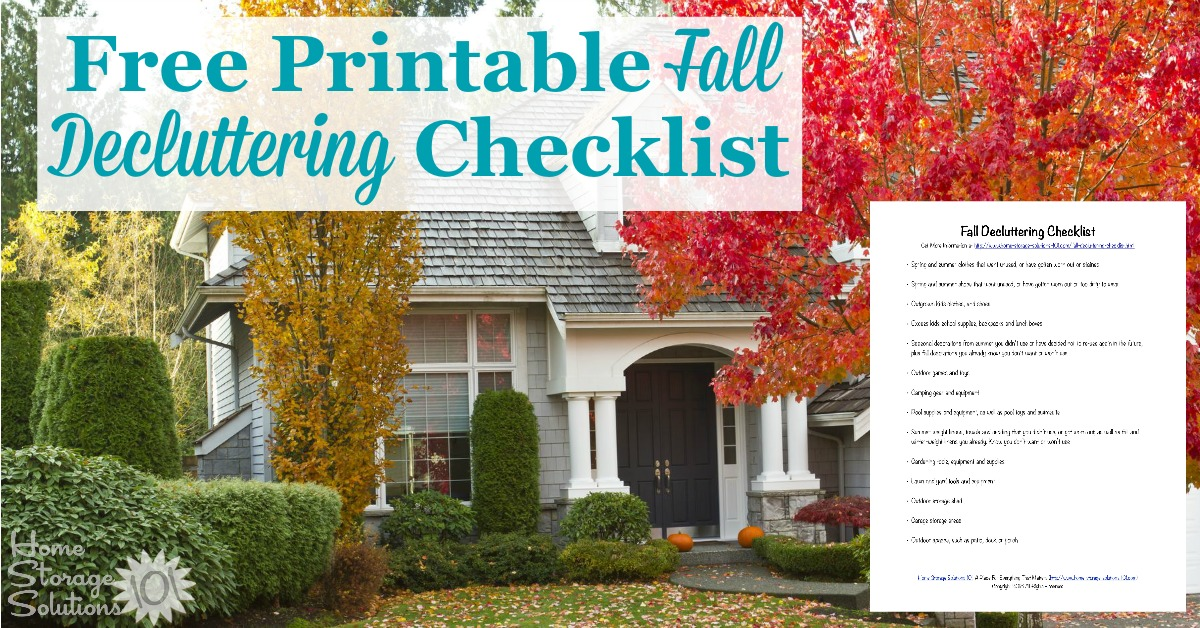 Here is a free printable fall decluttering checklist that you can use to get rid of clutter around your home when autumn begins {on Home Storage Solutions 101}