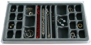 divided jewelry tray
