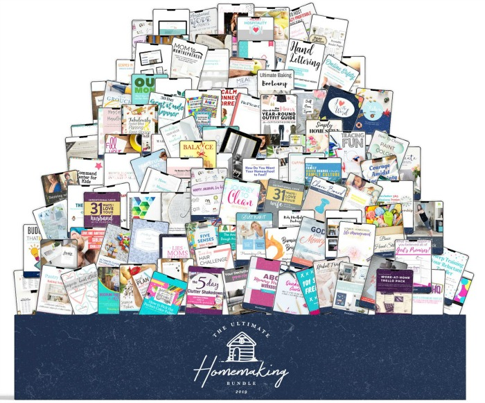 All of the products in the 2019 Ultimate Homemaking Bundle