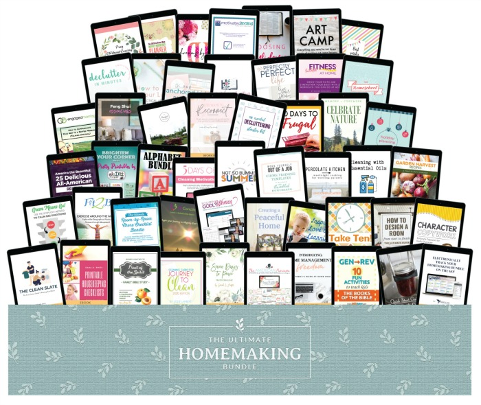 All of the products in the 2020 Ultimate Homemaking Bundle