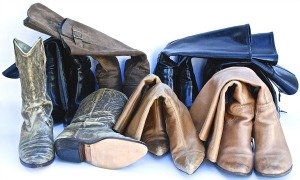 prevent bent boots with boot shapers