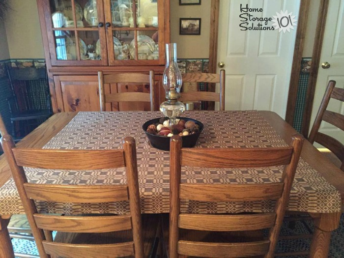 Decluttered kitchen table, after doing the #Declutter365 mission {featured on Home Storage Solutions 101}