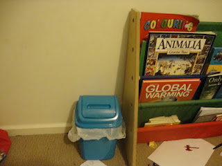Trash can for kid's room