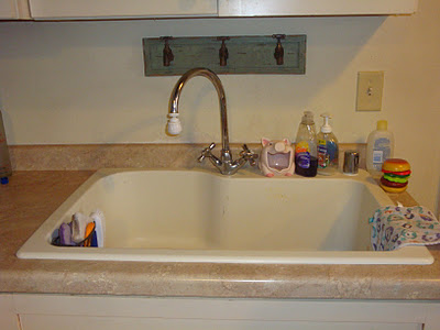 Kitchen Sink Organization Ideas & Storage Solutions