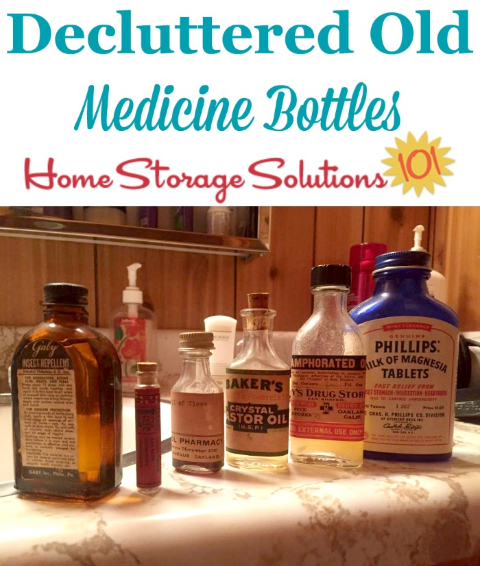 How to declutter old medication and first aid supplies {one of the #Declutter365 missions on Home Storage Solutions 101} #ClutterControl #ClutterFreeLife