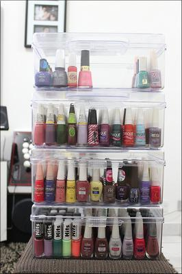 Lovely Portable Nail Polish Storage Case With Handles