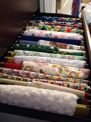 how to organize & store fabricfiling it: simple, cheap, & it
