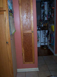 Spice cabinet - with door closed