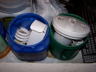 Small cans for special recycling items